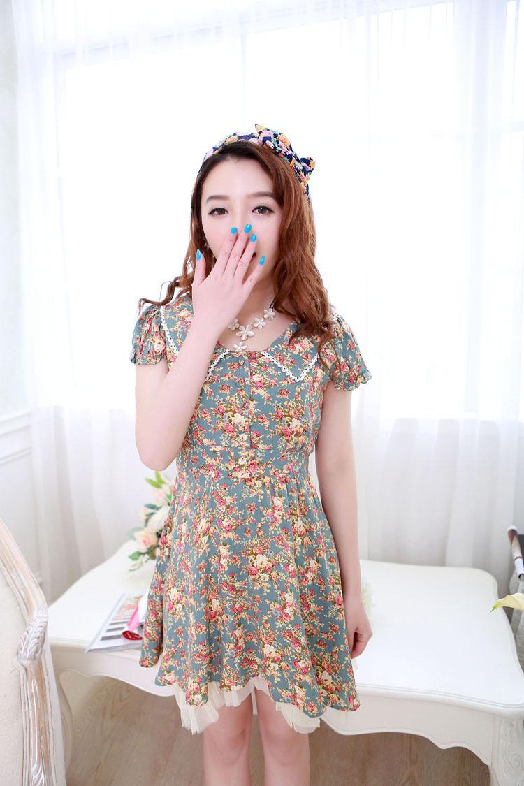 2015春夏新款女装韩版娃娃领碎花裙小清新淑女花边领